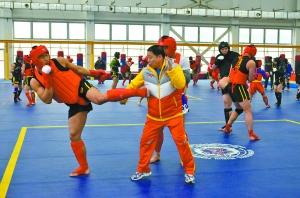 张根学指导国家散打队训练