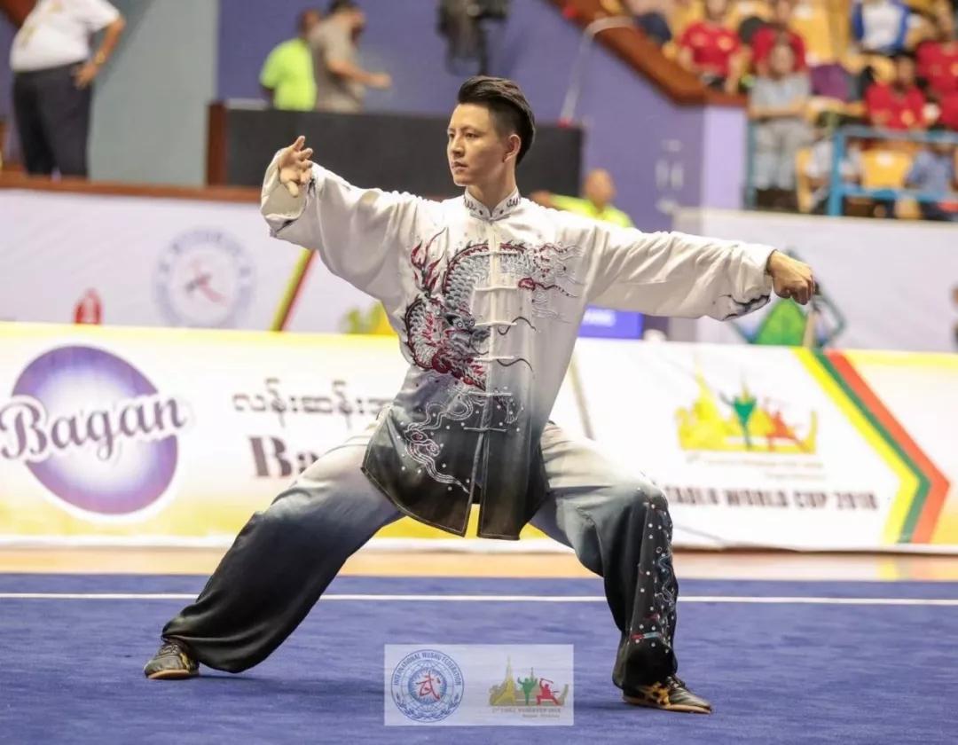 武术套路世界杯冠军杨顺洪载誉归来